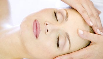 Über 80 Beauty-Behandlungen