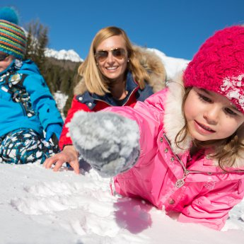 The smile of children is the most beautiful sound in the world in winter
