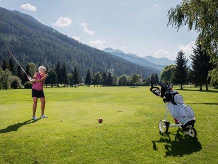Golf & Gusto